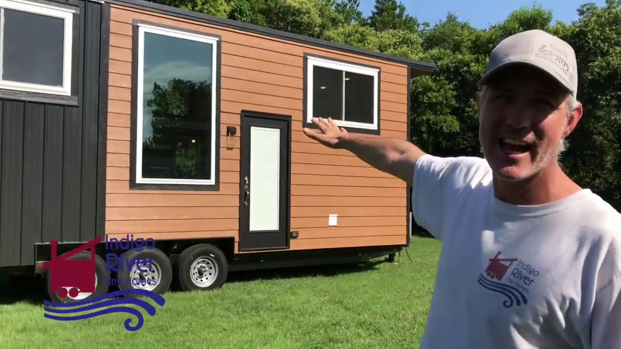 "28' Tiny Home ""Breathless""   Walk thru"