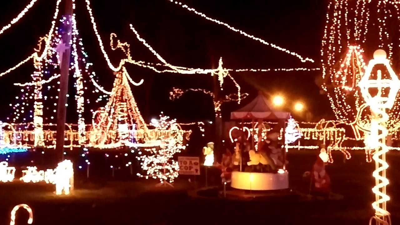 Kokomo Indiana Christmas Lights 2021 Holiday Lights At We Care Park In Kokomo Youtube