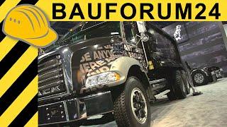 Mack Dump Truck - Stone Slinger - Mack Titan - Walkaround Interview CONEXPO 2014 Bauforum24