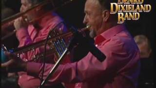 Tin Roof Blues - BENKO DIXIELAND BAND