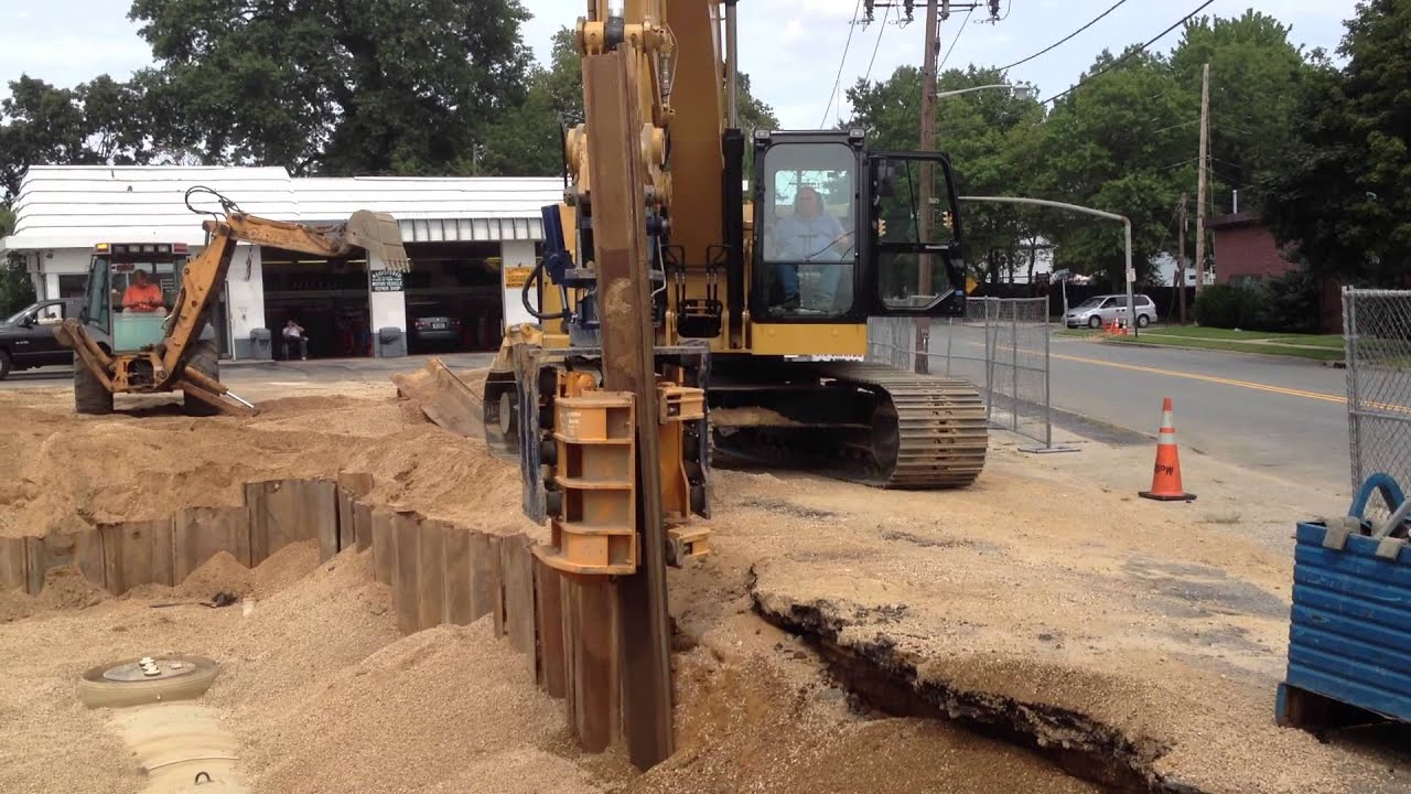 Shoring In Construction : Excavation contractors shoring ground level