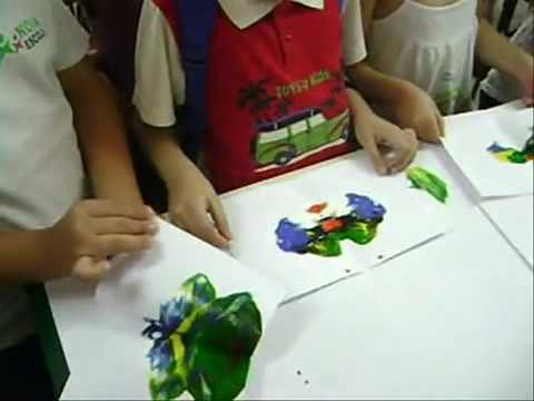 A m gica da borboleta youtube for Como colocar papel mural