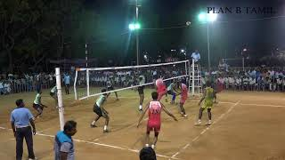 VOLLEYBALL  MATCH  IN CUDDALORE ANNA STADIUM (CHENNAI SPIKERS VS SRM)