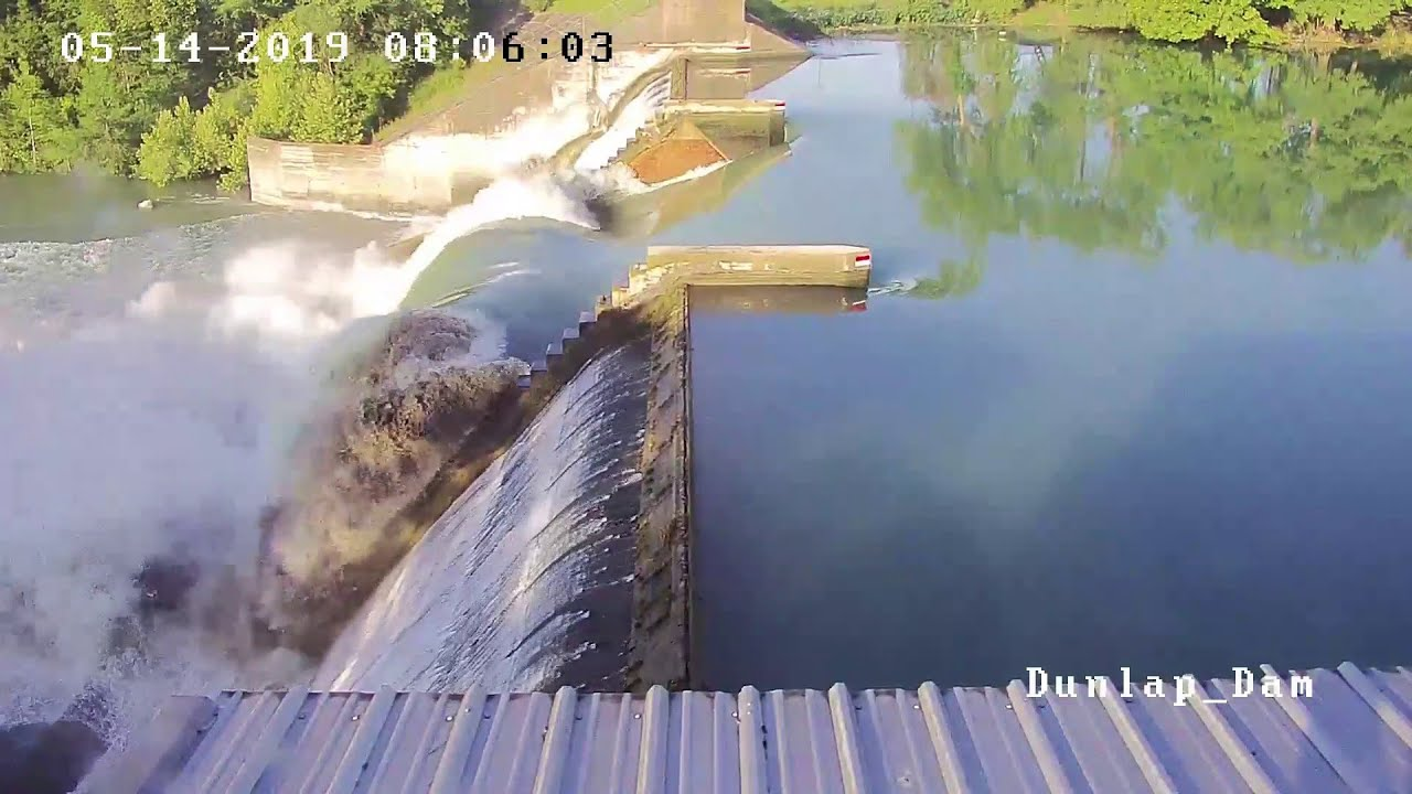 Video shows moment dam gate collapsed at Lake Dunlap