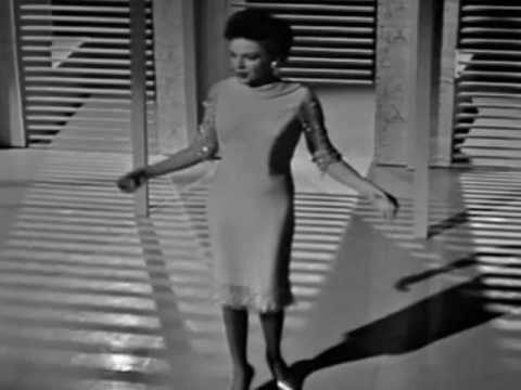 JUDY GARLAND: 'COME RAIN OR COME SHINE'.  WAS SHE LIKE THIS AT CARNEGIE HALL?