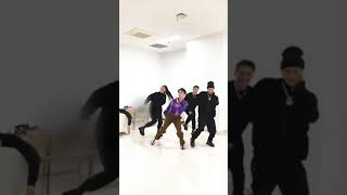 PANTHEPACK & Amber Liu dancing to Paradise  갓세븐 잭슨 || 王嘉…