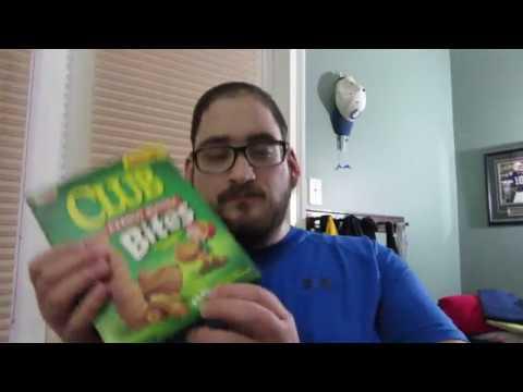 peanut-butter-club-sandwich-crackers-review