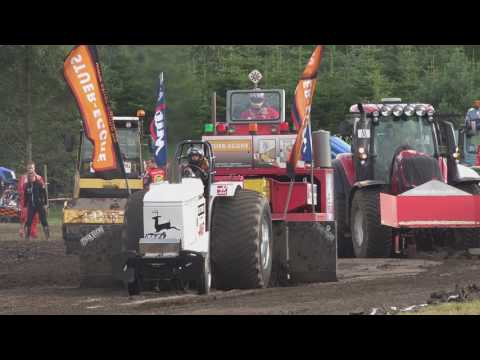 Engine crash @ Tractor Pulling Brande 2017 by MrJo