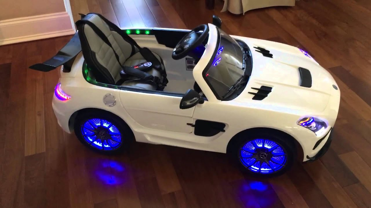 2016 mercedes amg power wheels 12v ride on youtube for Mercedes benz power wheels