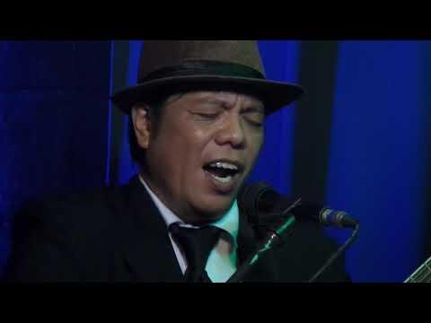 VERSION DELUXE JAPANESE SONGS LONDON ENTERTAIMENT