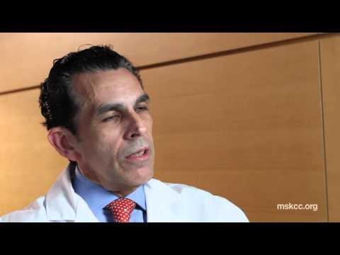 Meet Urologic Cancer Surgeon Raul Parra