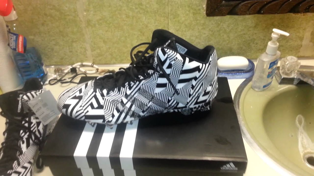 New Shoes Adidas Football
