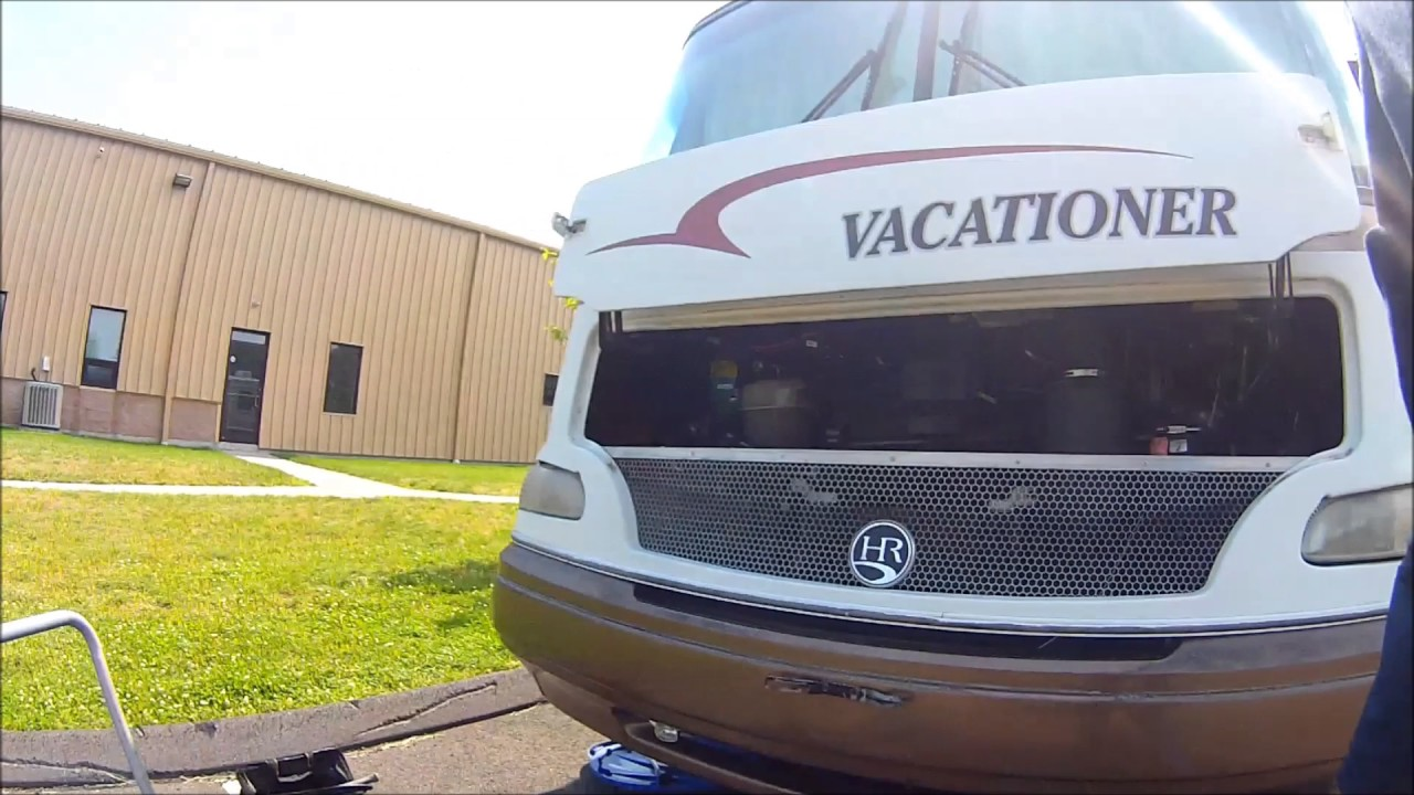 Tool-less Oil Change On The Motorhome Ford F53