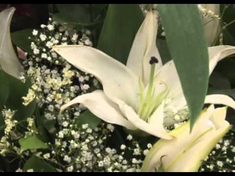 Собираем цветочный букет в подарок мужчине