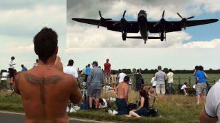 "🇬🇧 "" Goosebumps "" As Avro Lancaster Bomber Flies in Low."