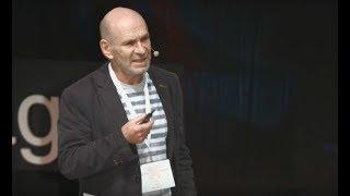 Vzdělávání pro Svět 4.0 | Ondřej Šteffl | TEDxPrague