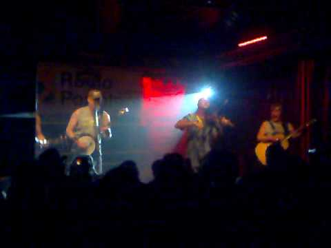 Hayseed Dixie - You Shook Me All Night Long.mp4