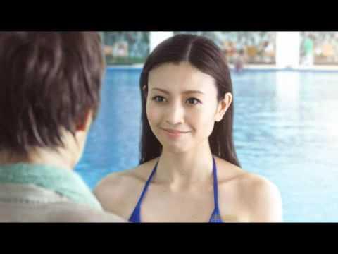 片瀬那奈は若い頃より顔が劣化した?ほうれい線のしわでおばさん化?