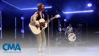 Maren Morris I Could Use A Love Song CMA