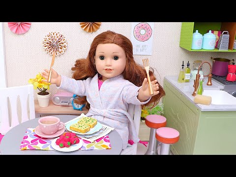 Baby doll cooking healthy breakfast with food toys! Play Toys kitchen stories for kids