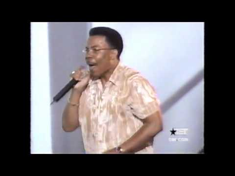 Lonnie Hunter & Choir Live/Jesus..The Sweetest Name I know! (Power)