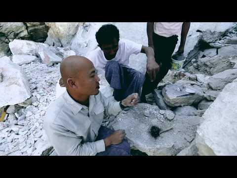 คนเบิกทาง : เบิกทางสู่เมืองอีนวะ สัมผัสประติมากรรมหินอ่อนศิลปะอันงดงาม 12 ม.ค.58 (4/4)