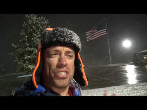 SNOW! Winter Has Arrived Early In Salina, Kansas! Winter Weather Advisory