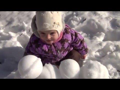Видео Лепить снежки устройство