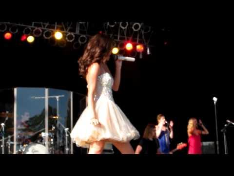 Selena Gomez-My Dilemma- Salem, Oregon 9/5/2011