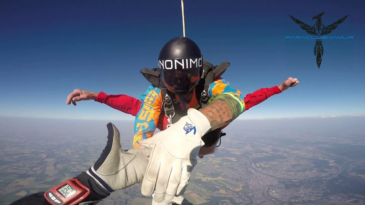 saut en parachute 30