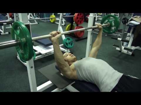 Как качать грудь? Жим лежа. Упражнение для грудных мышц. Как делать жим? Как быстро накачать грудь?