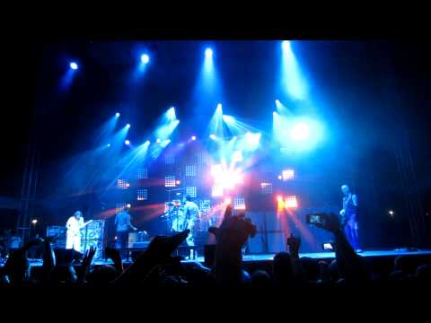 311 Playing Amber At Red Sky Music Festival