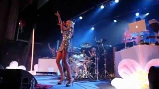 Kelis - Emancipate - VEVO Summer Sets