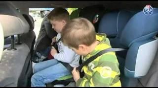 Test TCS: sièges d'enfants dans des voitures familiales