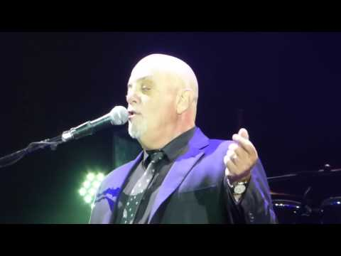 Billy Joel - The lion sleeps tonight + The longest time [ Frankfurt 3 - 9 - 2016 ]