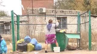 Пластиковый мусор в отдельный контейнер!(, 2016-11-03T06:41:45.000Z)