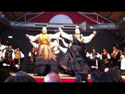 Xota de Louredo - Grupo de Baile e Gaitas Santaia