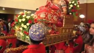 rajasthani wedding bride on a palki being taken to the mandap