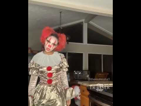 Eisha As The Clown IT 🤡✌🏽 @therealeisha @ayo.eishaa #comedy #it #halloween #eishagang #worldstar #