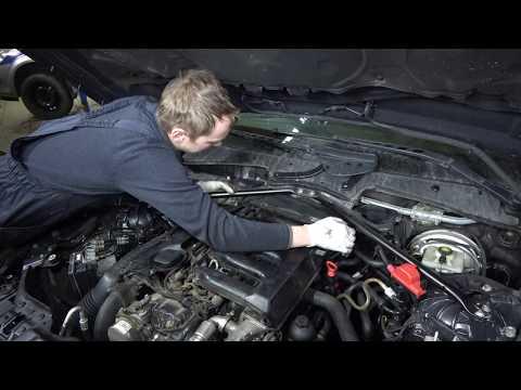 Впускной коллектор BMW снятие и чистка часть 1