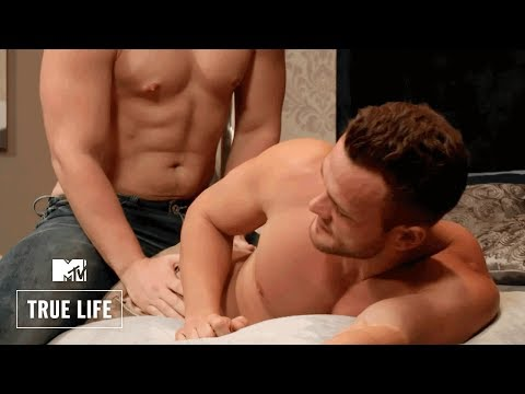 True Life | I'm A Gay For Pay Porn Star (Highlight Scene) | MTV from YouTube · Duration:  3 minutes 54 seconds