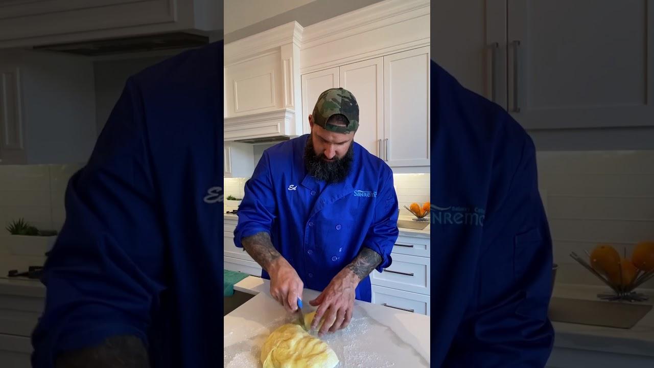 Baking Italian Sweet Bread (Cuculi) - Recipe & Ingredients