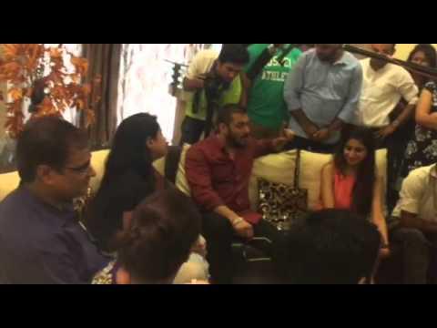 Jyotica tangri singing for Salman Khan