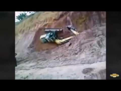 Трюкач на экскаваторе смотреть видео прикол - 2:11