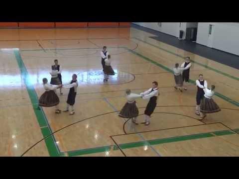 TRAD ATTACK! Kooreke feat  Liisa Kümmel - Ühis tantsib 2015