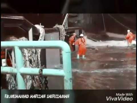 Kerja offshore dihari raya aidilfitri amat menyedihkan cover song budak jalanan
