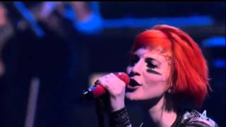 Paramore - Daydreaming | Live @ Celebrity Beach Bowl