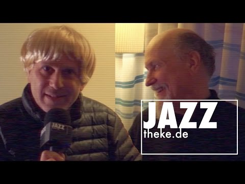 Hans Groiner interviewing John Scofield (Country For Old Men Tour 2016)