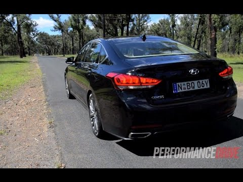 2015 Hyundai Genesis 3.8 V6 0 100km h engine sound