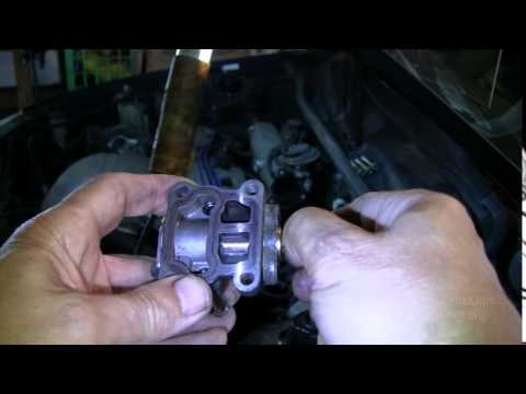 372 Better repair method Toyota Camry Idle Air Control Valve - YouTube